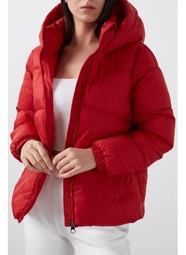 Vero Moda Mont Kırmızı